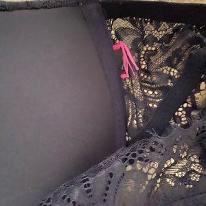 La SENZA Intimates & Sleepwear - New La Senza 38B  Bra